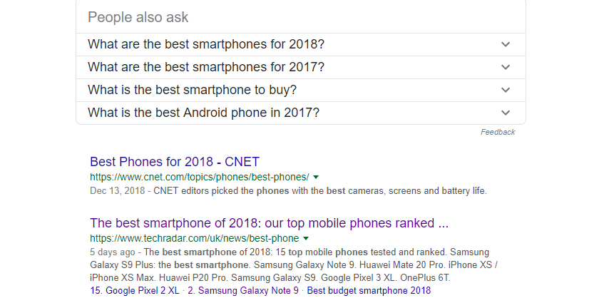 """A Google search for """"best smartphones""""."""